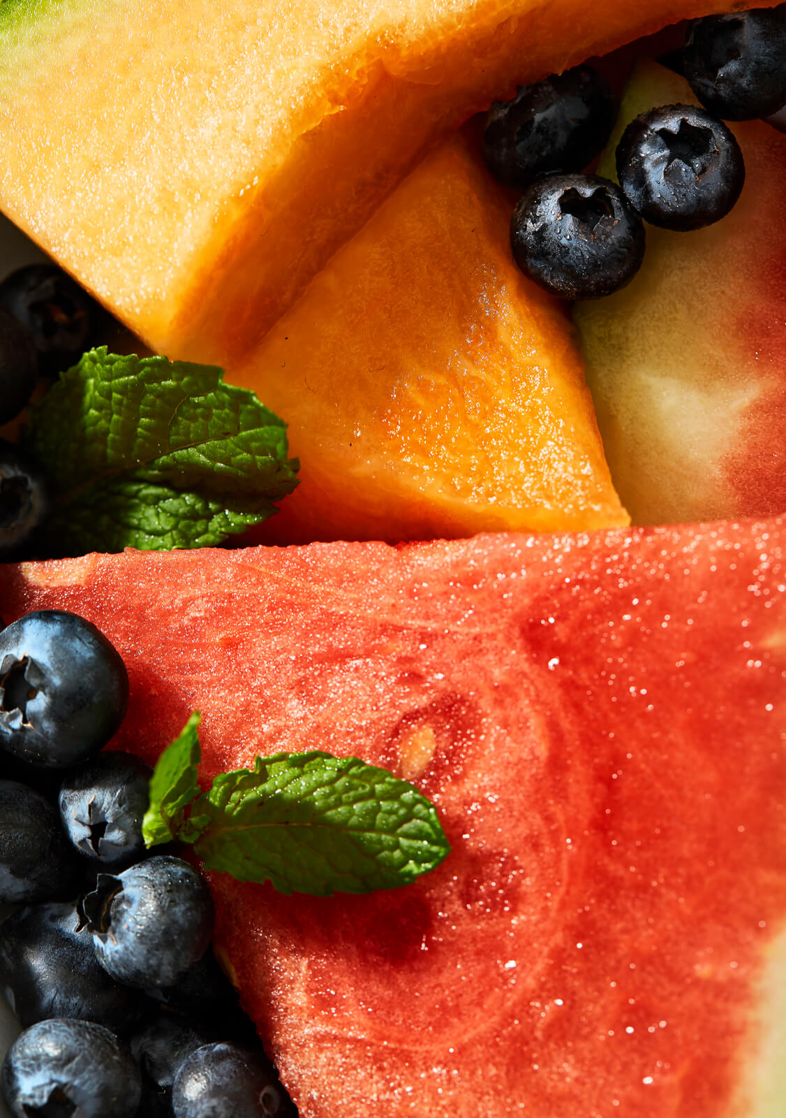 close up | fruit | pile | summer